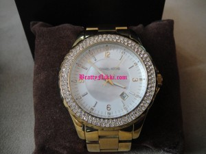 Image00003 300x225 Bratty Princess Nikki Paypig Gifts!